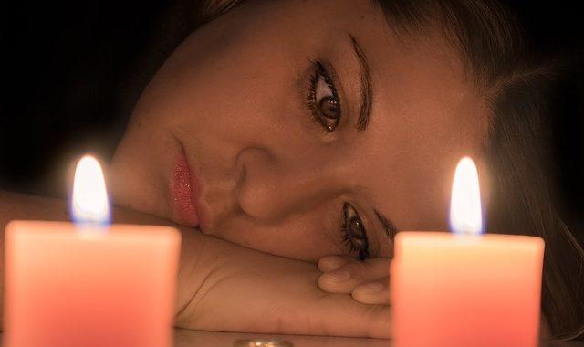 Warum hat man bei liebeskummer bauchschmerzen