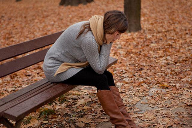 Liebeskummer-Hilfe - Warum wir bei Liebeskummer so sehr leiden